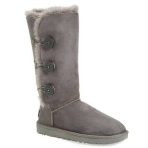 Tall bailey button grey ugg boots
